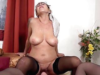 G/g Matures Rosebutt Her Labia