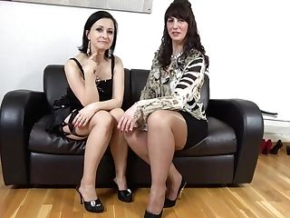 Hot Moms Toni Lace And Wanilianna Have Fun With A Duo Dong Fucktoy - Maturenl