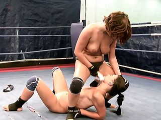 Weird Strap On Dildo Bang-out On The Ring Inbetween Bellina And Rihanna Samuel