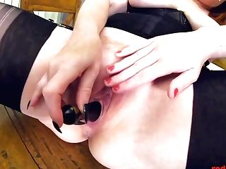Crimson Xxx And Jaye Rose Playing On The Table With Fucktoys